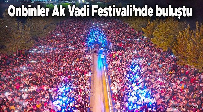 Onbinler Ak Vadi Festivali'nde buluştu