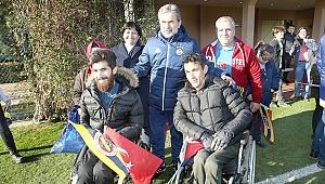 Denizli'den Fenerbahçe'ye özel konuklar gitti