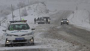 Denizli-Antalya kara yolu çift yönlü ulaşıma açıldı