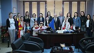 Dünya Çocukları Büyükşehir'i Ziyaret Etti