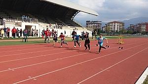 Minik Atletler Madalya İçin Ter Döktü