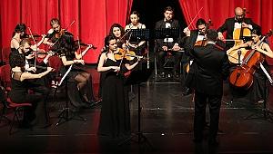 PAÜ Gençlik Oda Orkestrası İzleyiciden Tam Not Aldı