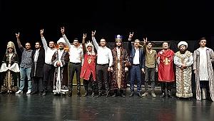 """""""Her Bizans'a Bir Fatih""""Oyununa Yoğun İlgi"""