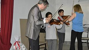 Kadıköylü Öğrenciler Klasik Müzikle Tanıştı