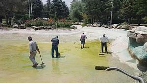 Çivril Belediyesi'nden Temizlik Harekatı