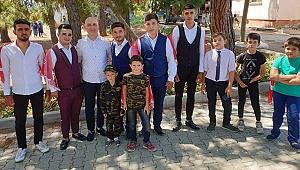 Başkan Özbaş, Askere Gidecek 18 Genci Ziyaret Etti
