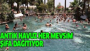 Beyaz Cennet Antik Havuzda Kaplıca Keyfi
