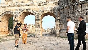 Pamukkale'yi Ayhan Sicimoğlu Anlatacak