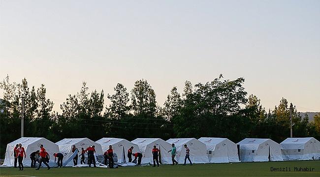 Depremzedeler çadırlara yerleştirildi