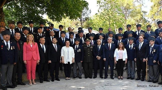 DENİZLİ'DE 19 Eylül Gaziler Günü Coşkuyla Kutlandı