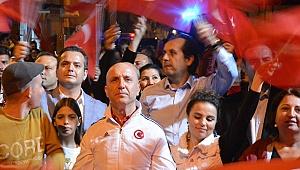 Binlerce Sarayköylü Cumhuriyet yürüyüşünde buluştu