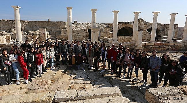 Erasmus Öğrencileri Rektör Prof. Dr. Bağ ile Birlikte Tripolis'i Gezdi