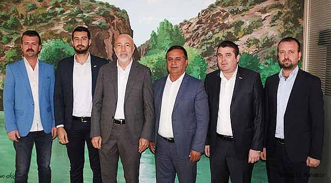 TÜRSAB'DAN ÇAL'A HEM ÖVGÜ HEM DESTEK