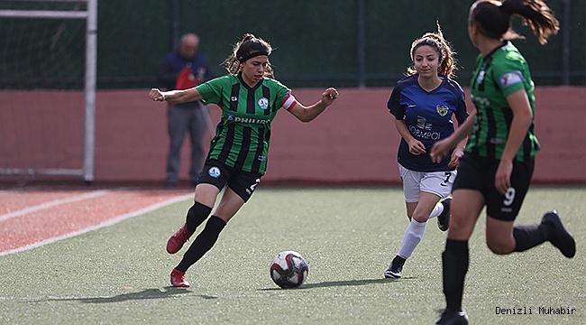 İzmir ekibine 22 gol attılar