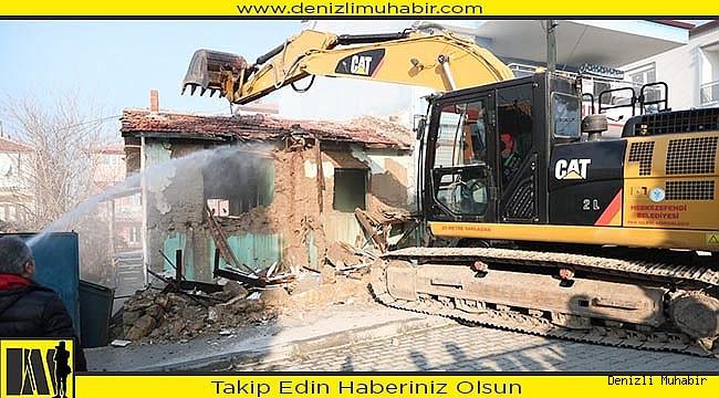 Merkezefendi'de metruk binalar yıkılıyor