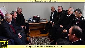 Denizli Valisi Karahan'dan şehit babasına taziye ziyareti