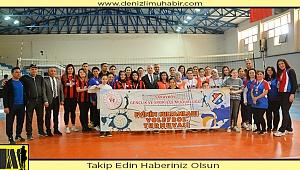 Sarayköy'de Evinin Sultanları Voleybol Turnuvası düzenlendi