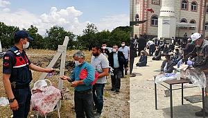 Buldan Belediyesi, cemaate seccade dağıttı