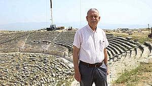 """Prof. Dr. Şimşek:Helenistik Tiyatro, orjinalliği korunarak ayağa kaldırılacak"""""""