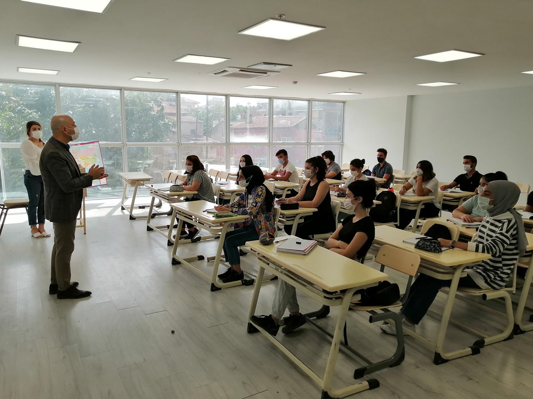 Sarayköy Belediyesi'nden LGS ve YKS öğrencileri için titiz çalışma
