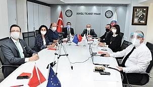 Denizli'de Teknik Tekstile Dönüşüm Toplantısı yapıldı