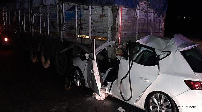 Tıra çarpan otomobil sürücüsü hayatını kaybetti