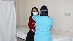 İlk aşı İl Sağlık Müdürü Öztürk'e