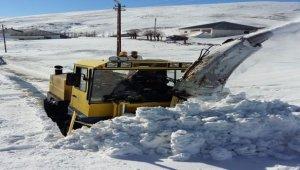Kayseri'de 276 mahalle yolu ulaşıma açıldı