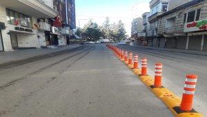 Kilis'te trafik oluşturan yola dubalı çözüm