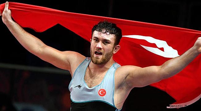 Denizlili Milli Güreşçi altın madalya kazandı