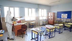 Pamukkale'de okullar öğrenciler için dezenfekte edildi