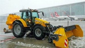 İstanbul'da uçuşlar kesintisiz sürüyor