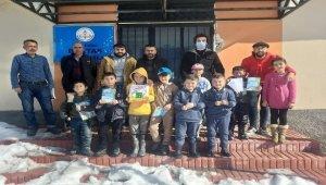Sivas KAngal'da öğrencilere tablet desteği