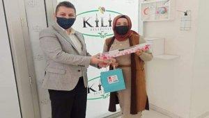 Kilis Belediye Başkan Yardımcısı Erkmen, kadın personelleri unutmadı