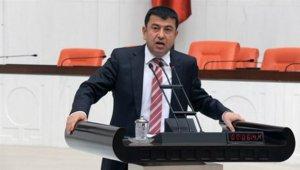Veli Ağbaba Sultansuyu'nu Meclis'e taşıdı