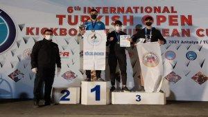 Pamukkaleli Kick Boksçular Antalya'da madalyaları topladı