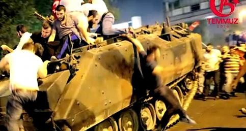 Bakan Zeybekci 15 Temmuz gecesini anlattı